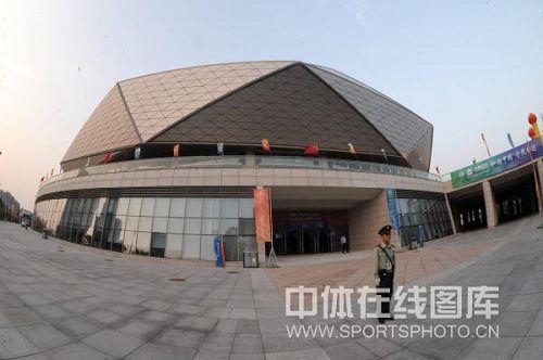 青岛国信体育馆外景 体育馆有立体感