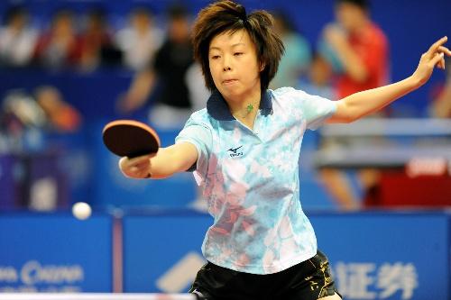 当日,第十一届全运会乒乓球比赛在山东青岛开赛. 新华社记者韩瑜庆摄